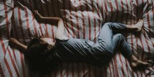 Одиночество и замкнутость: как помочь ребенку пережить стресс