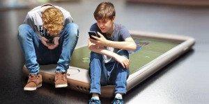 Опасные сети: что ваш ребенок не должен выкладывать в Интернет