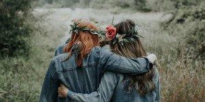 Подруга и вторая мама: 6 плюсов старших сестер