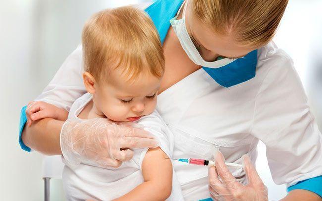 Вакцинация детей в медцентре «Росточек»