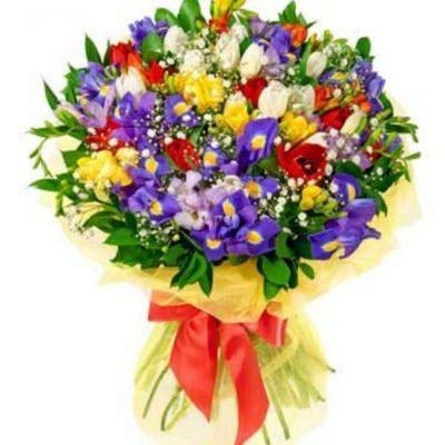 С какими цветами сочетаются тюльпаны?
